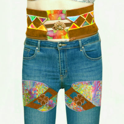 Pantalon-jeans-Majesty-broche-buste-face